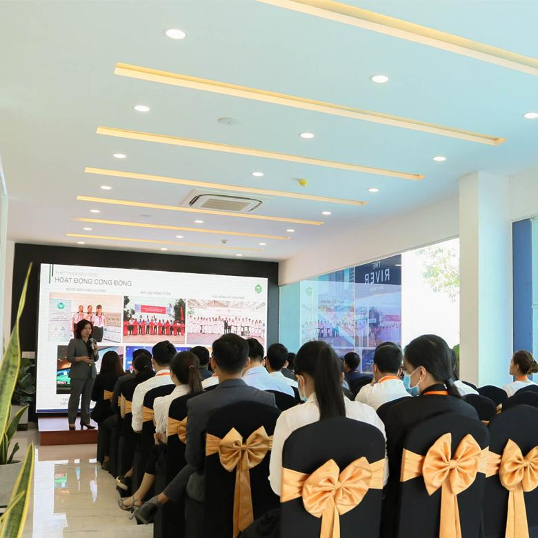 Training nhân viên - Hội thảo nâng cao kỹ năng